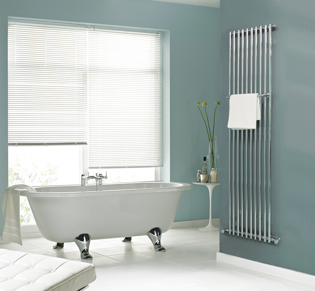 Ordinate towel warmer